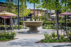 Commercial precinct with fountain