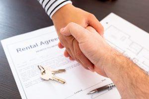 rental agreement handshake keys